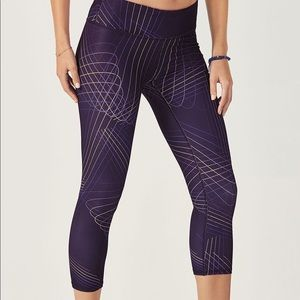 Fabletics printed Powerhold cropped legging
